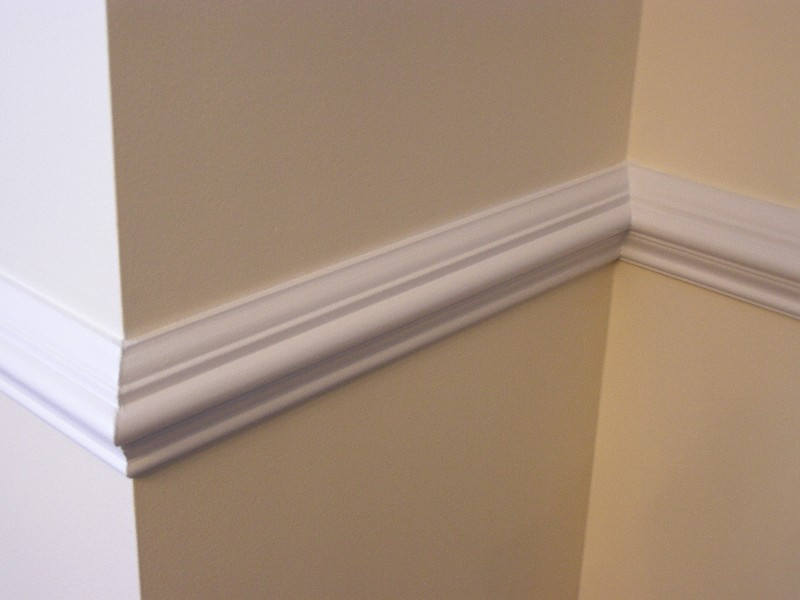 chair rail and wall trim